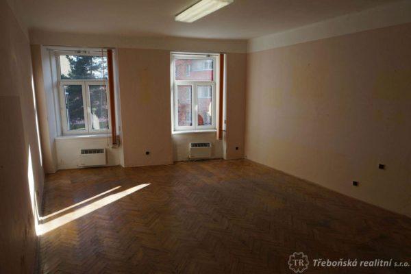 Prodej bytu 2+1 80m2 Třeboň